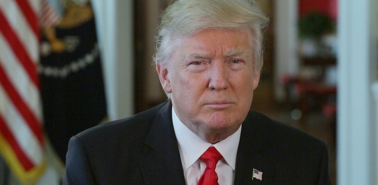 El presidente de Estados Unidos, Donald Trump, continúa una guerra contra los medios de comunicación (Twitter @WhiteHouse )