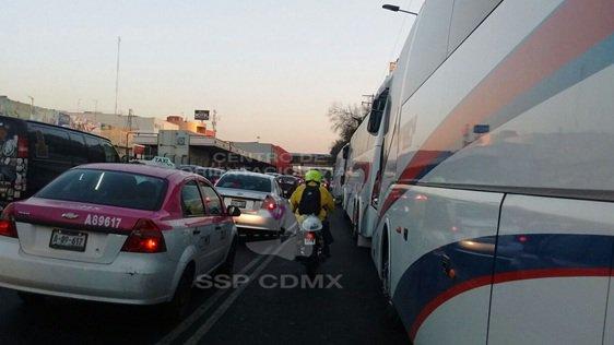Vialidad afectada en Metro Viaducto (Twitter @OVIALCDMX)