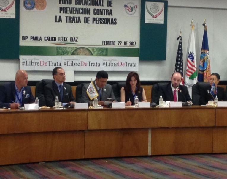 """El procurador de Justicia de la Ciudad de México, Rodolfo Ríos Garza (2d), asistió al """"Foro Binacional de Prevención contra la Trata de Personas convocado por integrantes de la comisión especial contra ese delito en la Cámara de Diputados. (@PGJDF_CDMX )"""