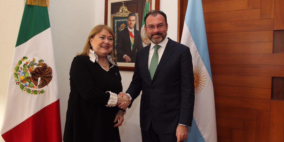 Luis Videgaray refrendó la invitación que el mandatario mexicano extendió al presidente Macri para que visite México