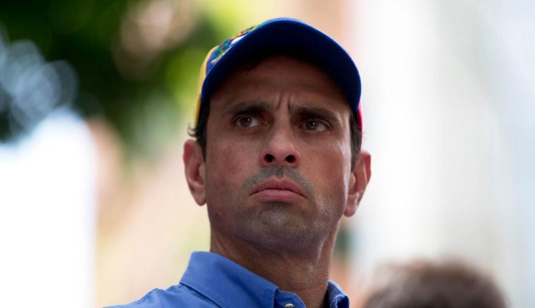 Prohibición de salida de Tintori busca ocultar verdad de Venezuela, dice Capriles
