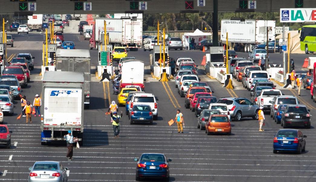 Capufe aplica uin operativo en las diversas casetas del país debido al importante aforo vehicular, que se prevé en este puente largo. (Notimex)