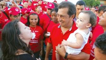 El Ministro de Cultura de Venezuela y vicepresidente de Asuntos Internacionales del Partido Socialista Unido de Venezuela, Adán Chávez afirma que en Venezuela no hay presos políticos (Getty Images/Archivo)