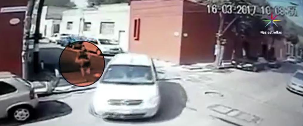 Difunden video de un asalto en Coyoacán, CDMX. (Ciudad de México)