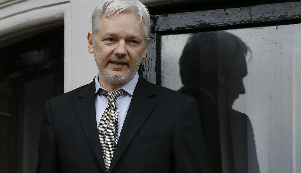 Este jueves, Julian Assange, fundador de Wikileaks, dijo que van a colaborar con las compañías afectadas para que puedan hacer las correcciones en sus servicios, impedir este espionaje y proteger la privacidad de sus clientes. (AP, archivo)