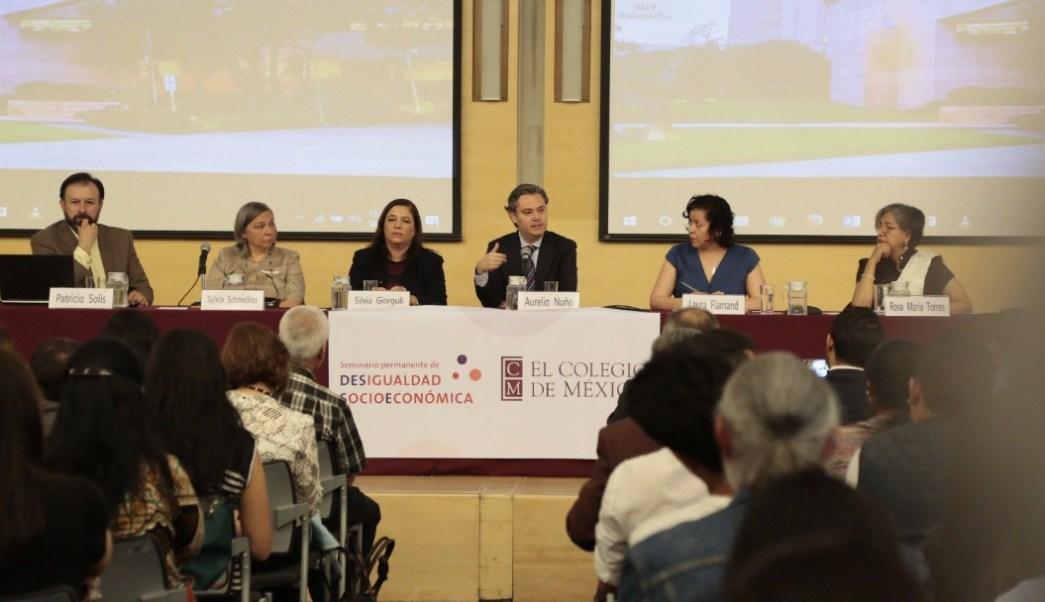 El titular de la SEP, Aurelio Nuño, participó en la inauguración de un seminario sobre desigualdad socioeconómica en El Colegio de México. (Twitter: @aurelionuno)