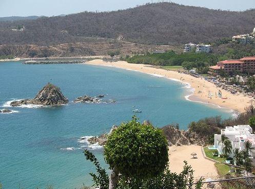 Bahías de Huatulco, Oaxaca. (Twitter@Oaxtravel)