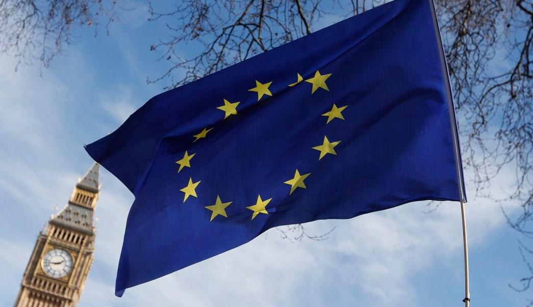 Bandera de la Union Europea ondea en Londres