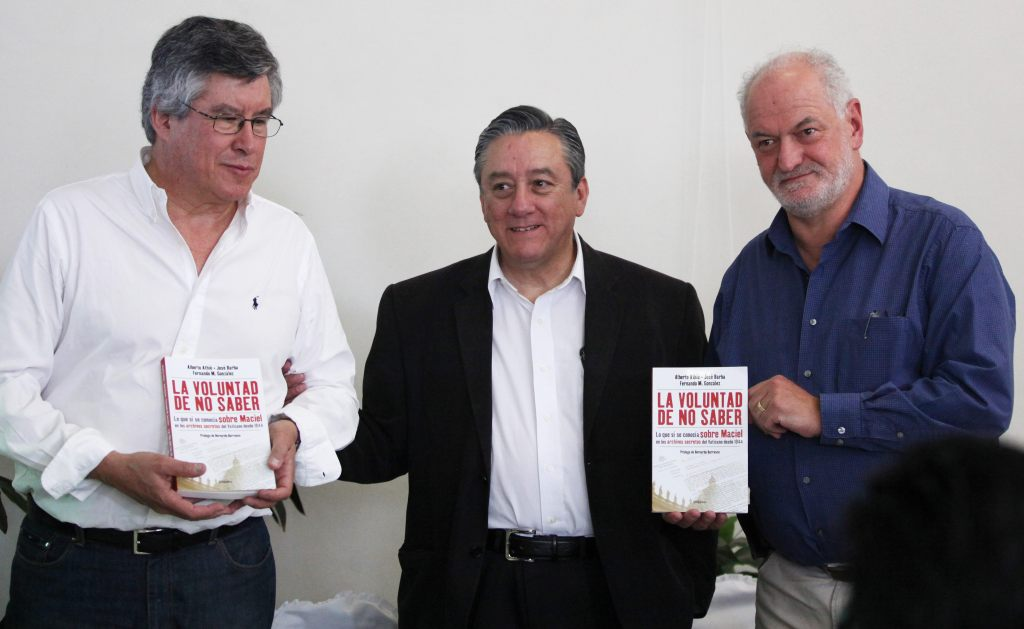 De izquierda a derecha: Fernando González, Bernardo Barranco y Alberto Athie.