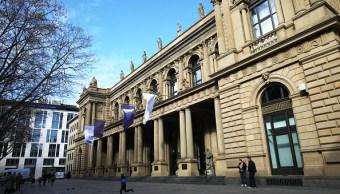 Fachada de la Bolsa de Frankfurt. (Getty Images)