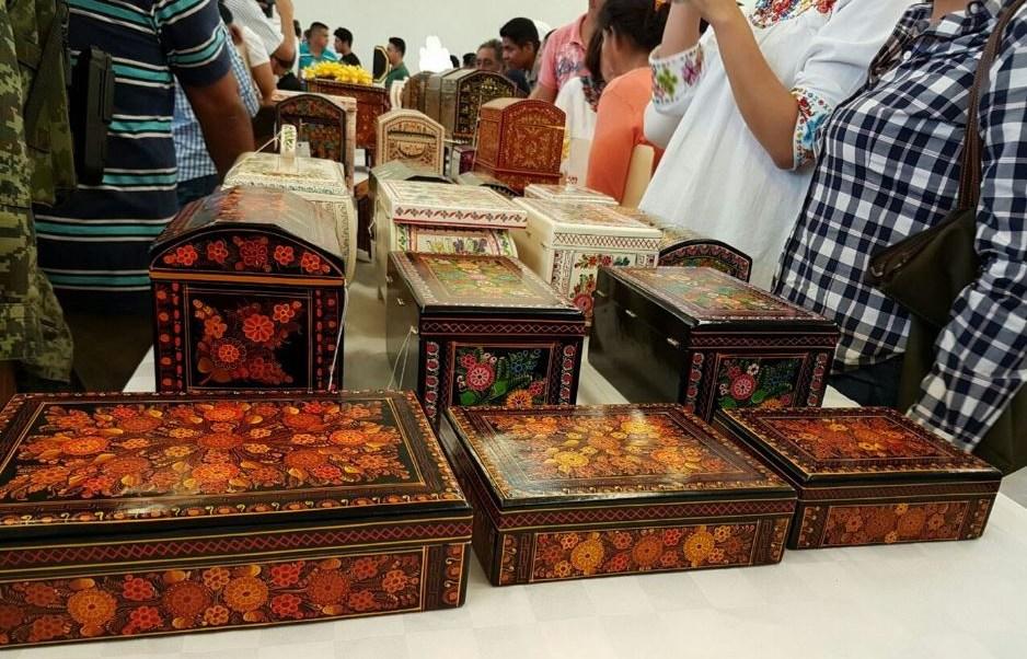 laqueado de Olinalá, una artesanía originaria de Guerrero.