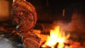 """El sector cárnico brasileño, uno de los más fuertes del mundo, afronta una severa crisis desde que estalló la operación """"Carne Fraca"""" (Carne débil), que destapó una trama de corrupción para colocar en el mercado carne adulterada o no apta para el consumo. (EFE)"""