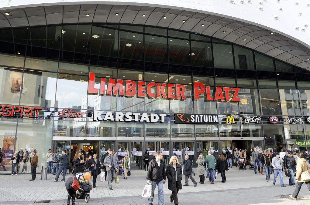 Limbecker Platz es un complejo de varias plantas con unas 170 tiendas