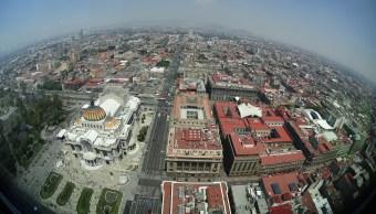 Panorámica de la Ciudad de México; prevé una temperatura máxima de 24 grados centígrados. (Notimex)