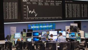 Piso de operaciones en la Bolsa de Frankfurt. (Getty Images)