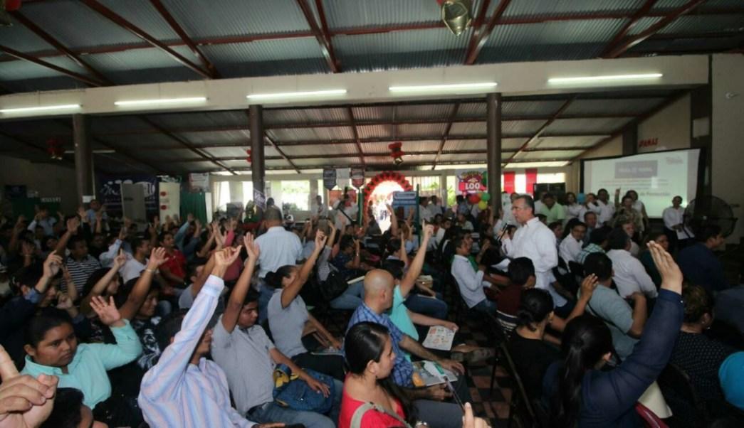 Autoridades en Chiapas realizan feria del empleo; más de 600 migrantes de ese estado recibirán ayuda estatal (Twitter @fcozorrilla1)