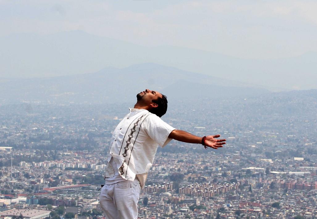 El sonido del viento del caracol incita a las danzas mexicas para celebrar la entrada del equinoccio (Notimex)