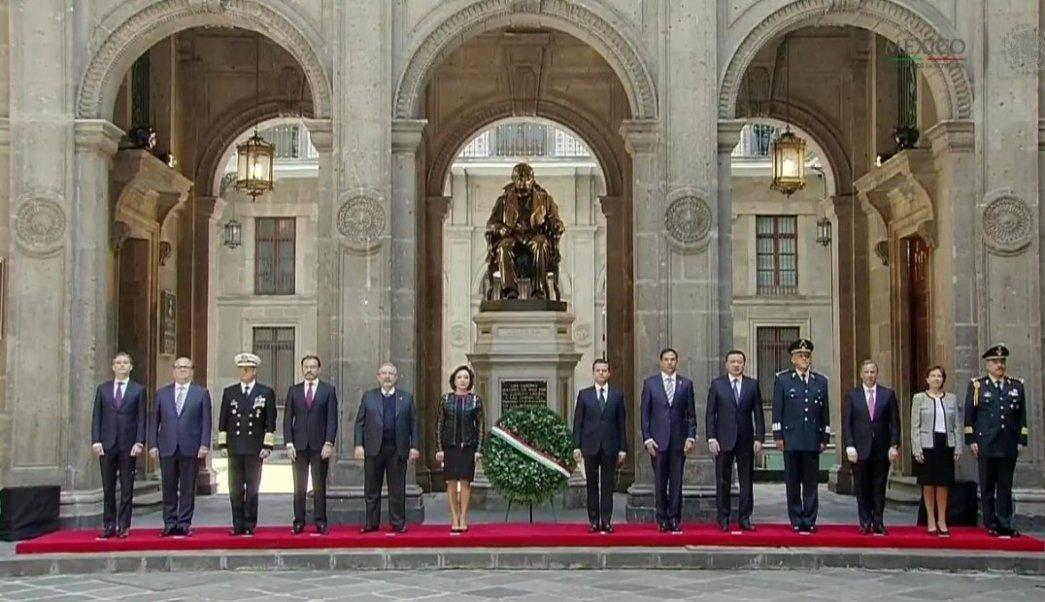 EPN encabeza el 211 Aniversario del Natalicio de Benito Juárez. (Twitter/@PresidenciaMX )