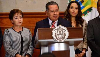 Uno de los delitos por los que fue detenido el exgobernador interino de Veracruz, Flavino Ríos, es tráfico de influencia (Twitter @GobiernoVer)