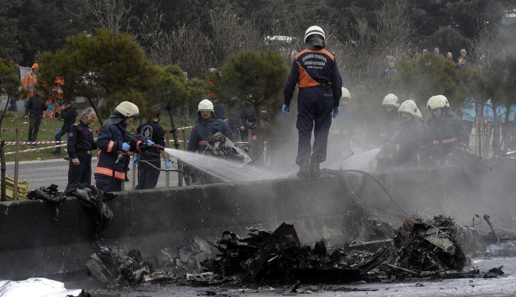 El helicóptero pertenecía a una compañía privada y siete personas iban a bordo. (AP)