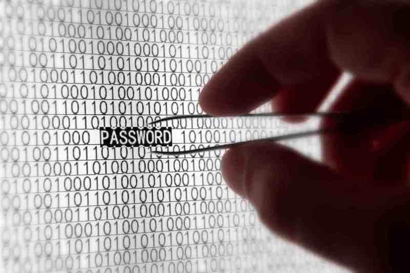 WikiLeaks compartirá con tecnológicas datos del hackeo de la CIA