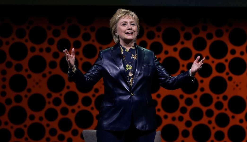 Hillary Clinton criticó la administración del presidente de Estado Unidos, Donald Trump.