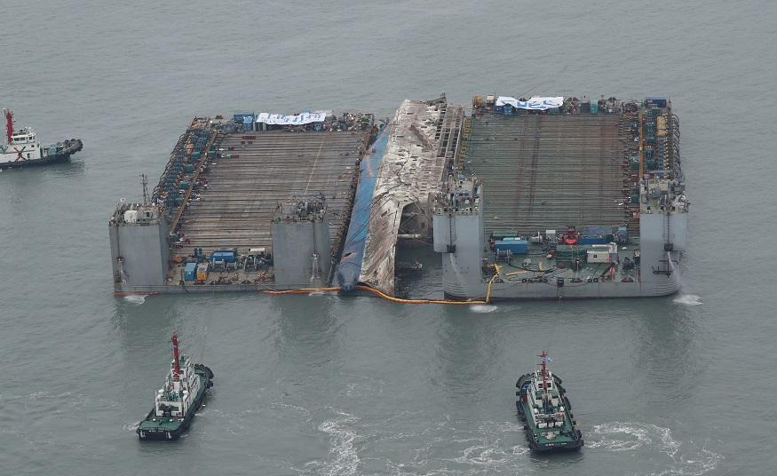 Huesos hallados en ferry naufragado son de animales, dicen autoridades de Corea del Sur (Reuters, archivo)