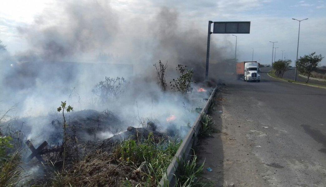 Incendios de pastizales en Veracruz van en aumento. (Twitter @gallitorogel, Archivo)
