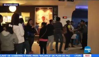 Ingresa el público a las salas de cine para el estreno de los Power Rangers
