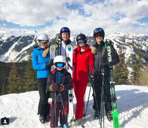 Jared Kushner y su esposa Ivanka Trump viajaron junto con sus hijos a la de Aspen el pasado fin de semana. (Instagram Ivanka)