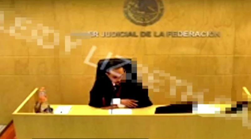10 en Punto obtuvo el video de la audiencia de enero de este año, donde un juez desestima los argumentos del MP federal para trasladar a Juan José Esparragoza Monzón a una cárcel más segura (Noticieros Televisa)