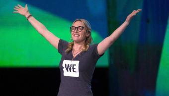 La protagonista de Titanic, durante su discurso para motivar a los jóvenes acreer en sí mismos, en WE Day UK. (Getty Images)