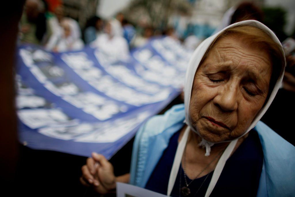 Miembro de las Madres de Plaza de Mayo.