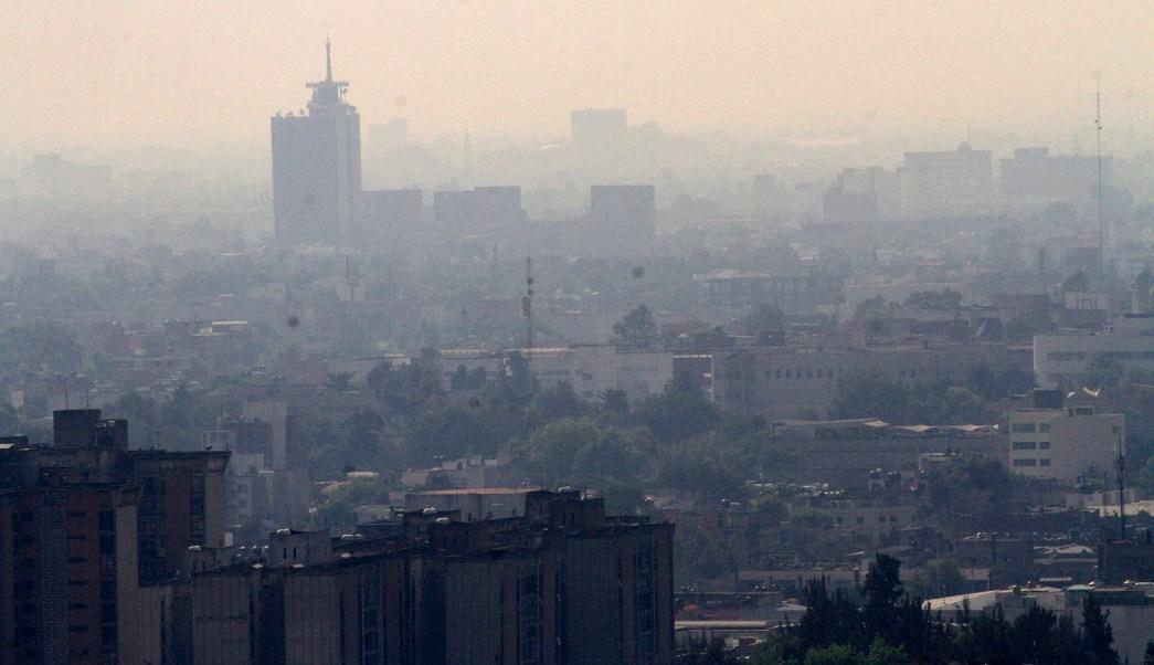 Se mantiene la mala calidad del aire en cinco delegaciones de la Ciudad de México.(Notimex)