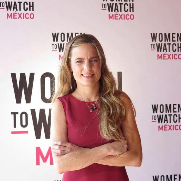 María Teresa Arnal es egresada de la Universidad Católica Andrés Bello de Venezuela; estudió la Maestría en Administración de Empresas en la Universidad de Columbia y es integrante del International Women Forum. (Twitter @jwtmexico)