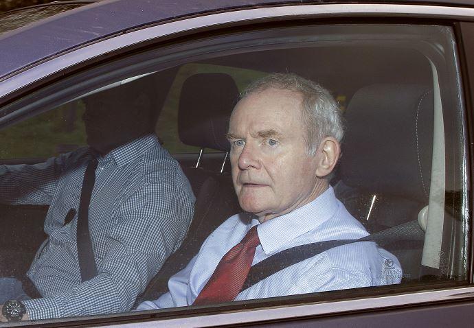 Martin McGuinness dimitió a principio de enero de su puesto en el Gobierno. (AP, archivo)