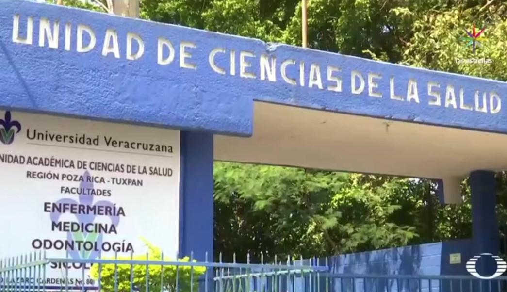Los médicos de Poza Rica no quieren hablar de lo que están viviendo. (Noticieros Televisa)