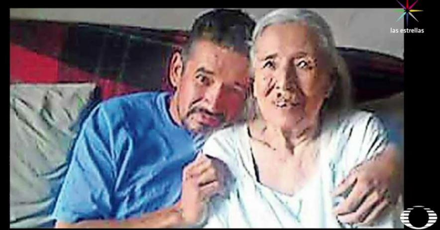 Los restos de Norberto Santacruz Medrano, el mexicano que intentó suicidarse dentro de la cárcel en El Paso, Texas y más tarde murió en un hospital, se quedarán en territorio estadounidense. (Noticieros Televisa)