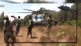 Militares destruyen 11 plantíos de amapola en una comunidad triqui, en los límites de Oaxaca y Chiapas (Noticieros Televisa)