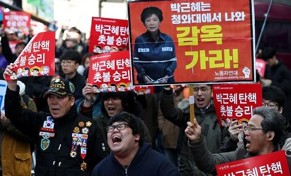 Millones de personas pidieron la renuncia de la presidenta de Corea del Sur, Park Geun-hye.