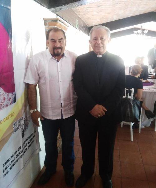 El obispo Castro ha convocado a diversas manifestaciones por considerar que no funciona la estrategia de seguridad del gobierno de Graco Ramírez (Twitter/@FerElZurdo )
