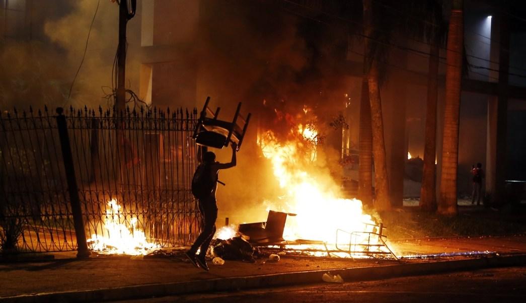 Condena gobierno mexicano violencia en Paraguay. (AP)
