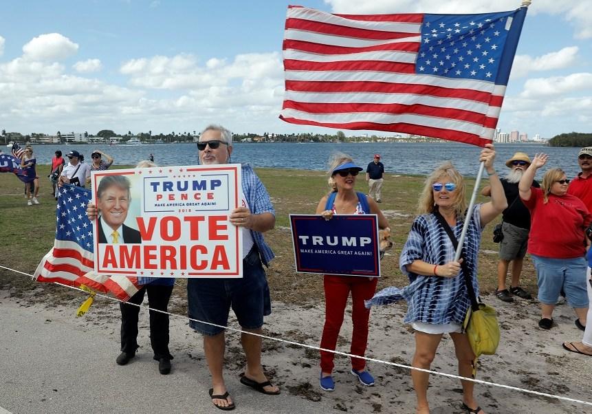 artidarios del presidente Donald Trump se reúnen en Florida, Estados Unidos (Reuters)