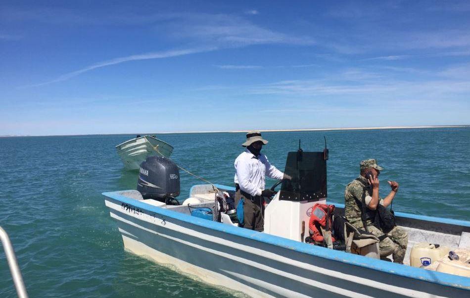 Semar y Gendarmería aseguran dos embarcaciones por pesca ilegal en Baja California