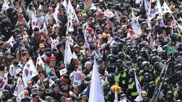 La destitución de Park Geun-hye fue hoy ratificada por el Tribunal Constitucional. (AP)