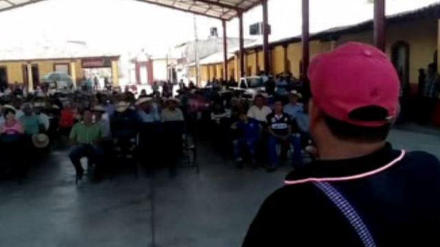 Recuerdan en San Miguel Totolapan a periodista asesinado. (Noticieros Televisa)