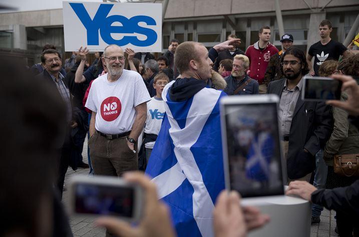 Los escoceses buscan un segundo referéndum de independencia . (AP)