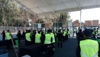 Elementos de la Secretaría de Seguridad Pública de la Ciudad de México resguardan la seguridad en las inmediaciones del Foro Sol para el concierto de Metallica. (@SSP_CDMX)