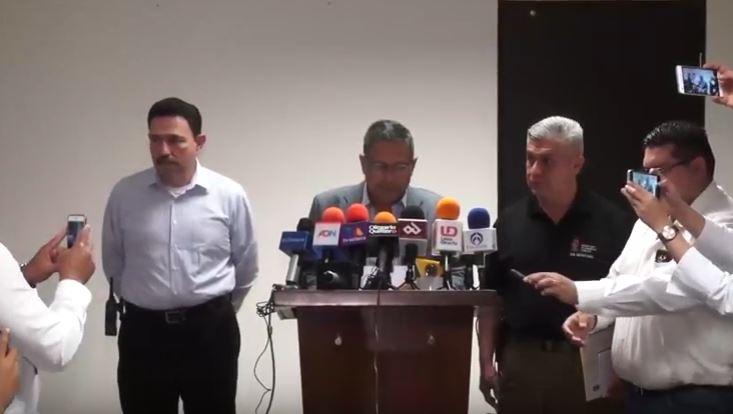 El secretario de Seguridad Pública de Sinaloa, Genaro Robles Casillas, detalla la fuga de 5 reos en Culiacán (YouTube SSP de Sinaloa)