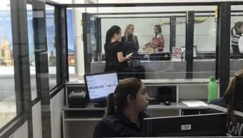 Lilian Tintori, esposa del encarcelado líder opositor venezolano Leopoldo López, difunde un video en redes sociales en el aeropuerto de Guayaquil, Ecuador (Twitter @liliantintori)